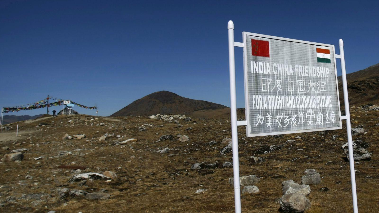 Видео массовой драки между индийскими и китайскими военнослужащими