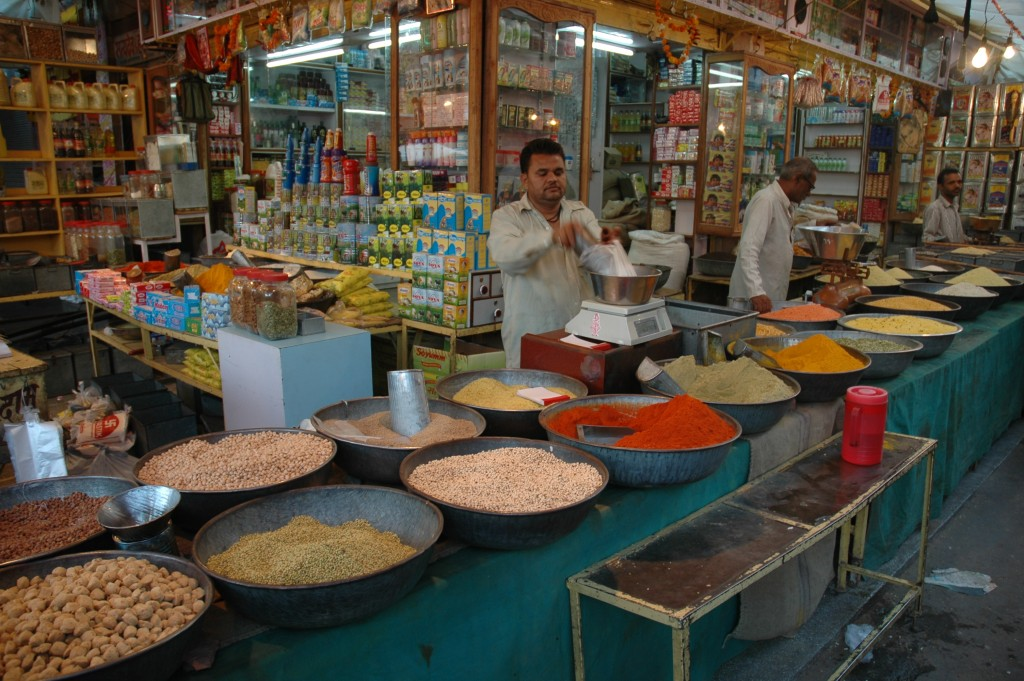 Indian food market. Source: Marc Shandro/wikipedia