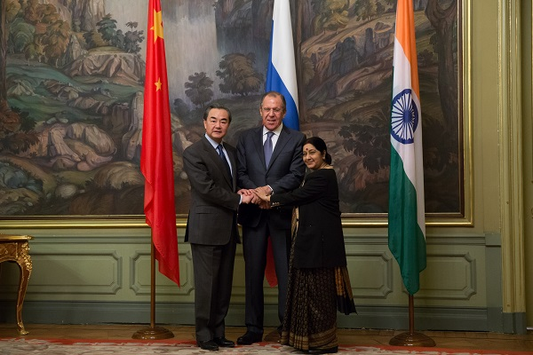 Chinese Foreign Minister Wang Yi (L), Russian Foreign Minister Sergey Lavrov (C) and Indian External Affairs Minister Sushma Swaraj attend the 14th Meeting of the Foreign Ministers of China, Russia and India, in Moscow, capital of Russia, on April 18, 2016 [Xinhua]