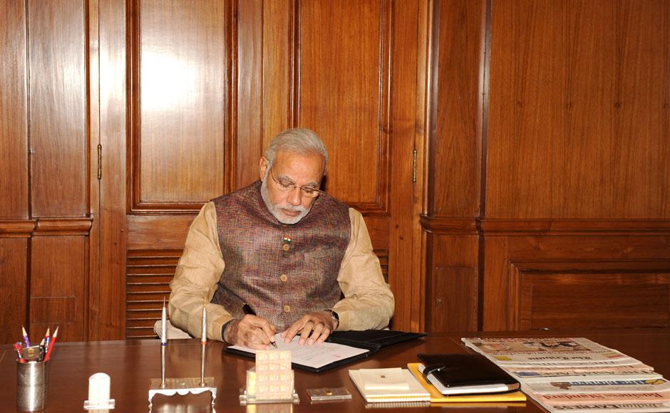 essay crisis prime minister