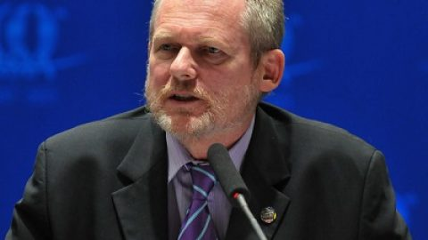 File Photo: Rob Davies, Minister of trade and industry of South Africa [Xinhua]